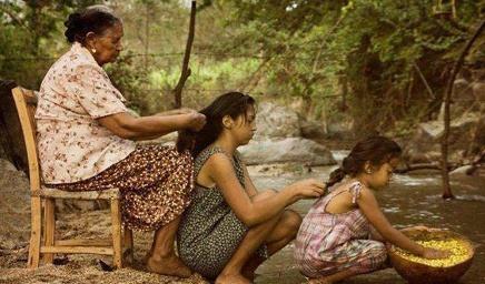 3 kuşak kadın çocuk torun
